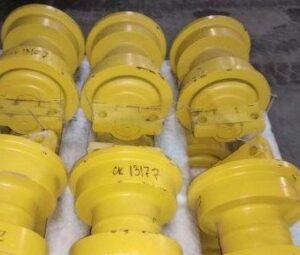 Каток опорный однобортный 155-30-00128