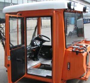 Детали кузова и кабины для тракторов Кировец