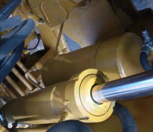 Цилиндры гидравлические для автобульдозера МоАЗ
