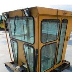 Детали кузова и кабины для автогрейдеров Caterpillar
