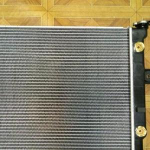 Радиатор водяной на автокраны Komatsu