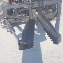 Навесное оборудование на погрузчик Yto