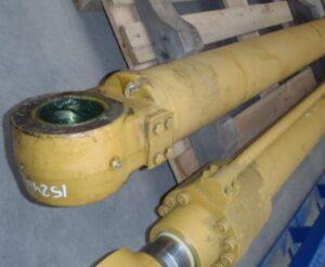 Цилиндры гидравлические для экскаватора Case